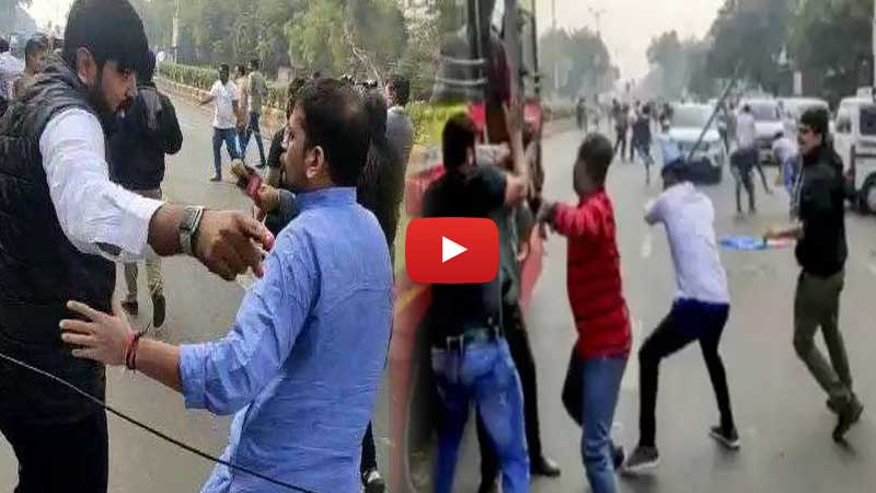 Video: Clash between ABVP, NSUI workers in Ahmedabad. 10 injured