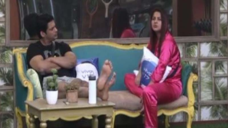 Big Boss 13 Shehnaaz Gill Distresses Over Fight With