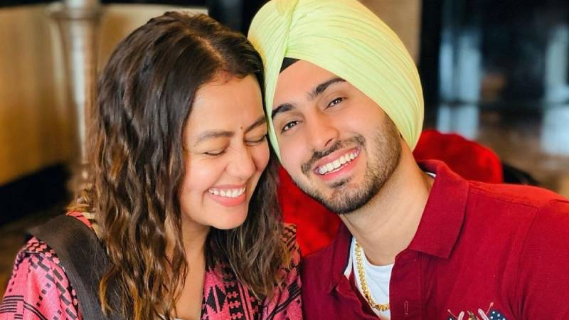 """""""Life is more beautiful with You"""": Neha Kakkar shares images of Rohanpreet's marriage proposal"""