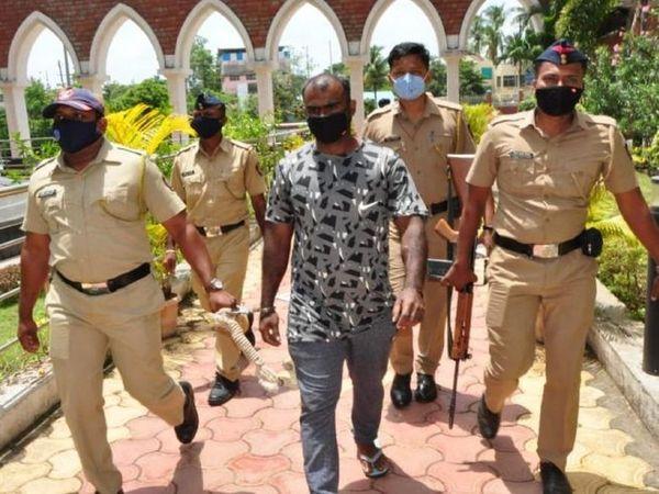 Kolahpur's Cannibal Man Who Killed & Ate His Mother's Organs Awarded Death Sentence