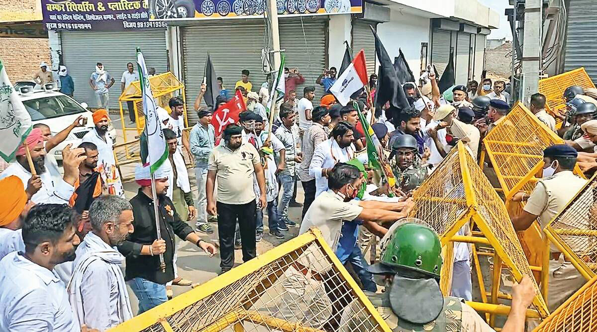 Sedition case: Farmers knock down barricades in Haryana's Sirsa, plan to gherao SP office