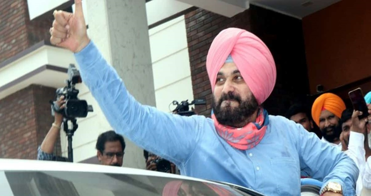 Navjot Sidhu becomes PCC chief, thanks Gandhis for 'pivotal responsibility' in his latest tweets
