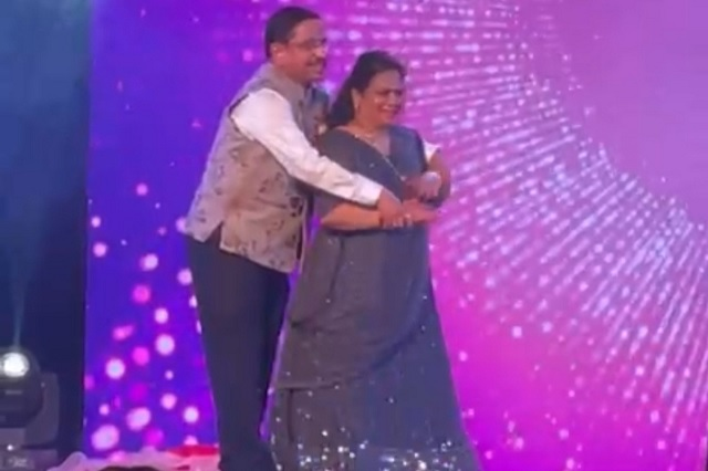 Union Minister's dance video with wife in daughter's wedding goes viral. Watch