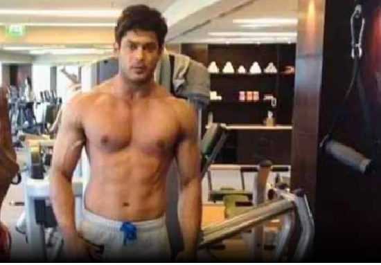 Doctors advised Siddharth Shukla to cut down on heavy workouts, Actor's team denies