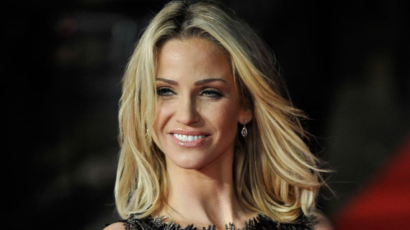 UK's pop singer Sara Harding dies at 39 from breast cancer