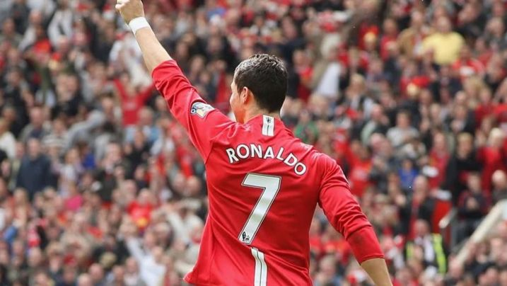 Twitter can't keep calm as Cristiano Ronaldo scores on Manchester United return