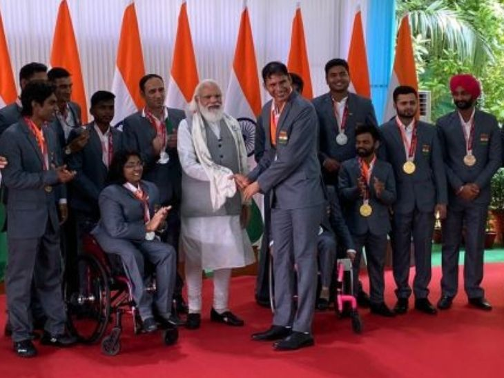 """""""You have made nation proud,"""" said PM Modi to Paralympic champions; during their meet"""