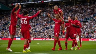 Liverpool win at Leeds marred by Elliott injury