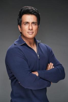 IT department 'surveys' actor Sonu Sood's Mumbai premises