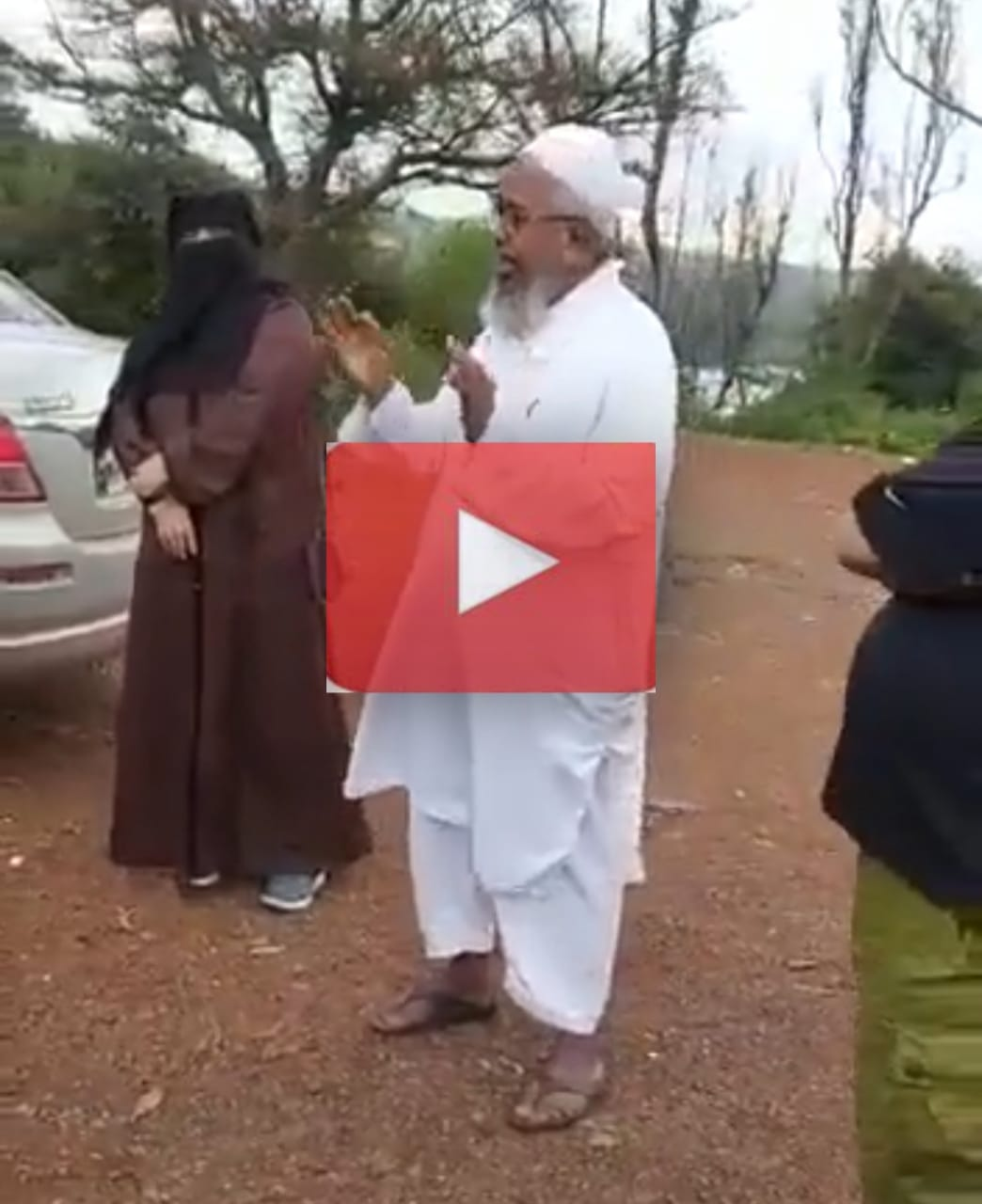 Watch Viral Video: Elderly Muslim man wins internet with Mahabharata title song rendition