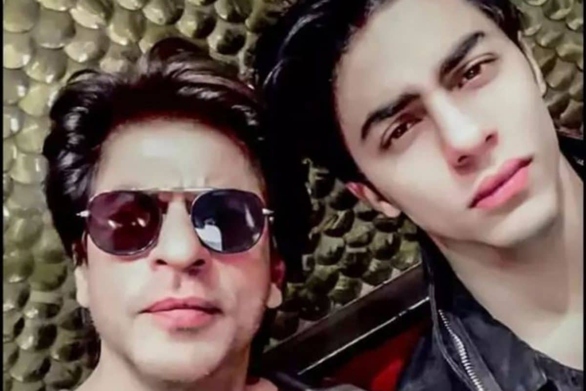 Shah Rukh Khan's son Aryan questioned in cruise drug party, WhatsApp scanned