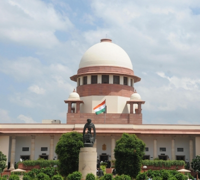 Flat-purchasers can't be left at mercy of builders: SC notice to Centre