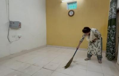 Priyanka Gandhi remains under detention in Sitapur, UP