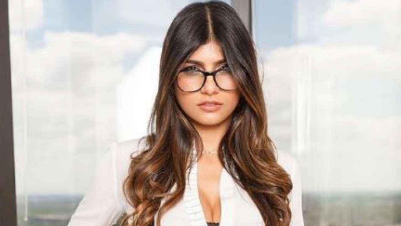 Former adult star Mia Khalifa lends her support to victims of Lakhimpur violence