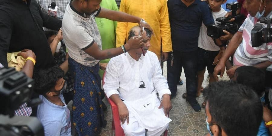 """Tripura MLA shaves head, performs yagna before joining TMC; says """"joining BJP was crime"""""""