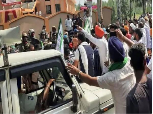 Lakhimpur like the incident in Haryana' Naraingarh at BJP event; farmers hit and 1 injured
