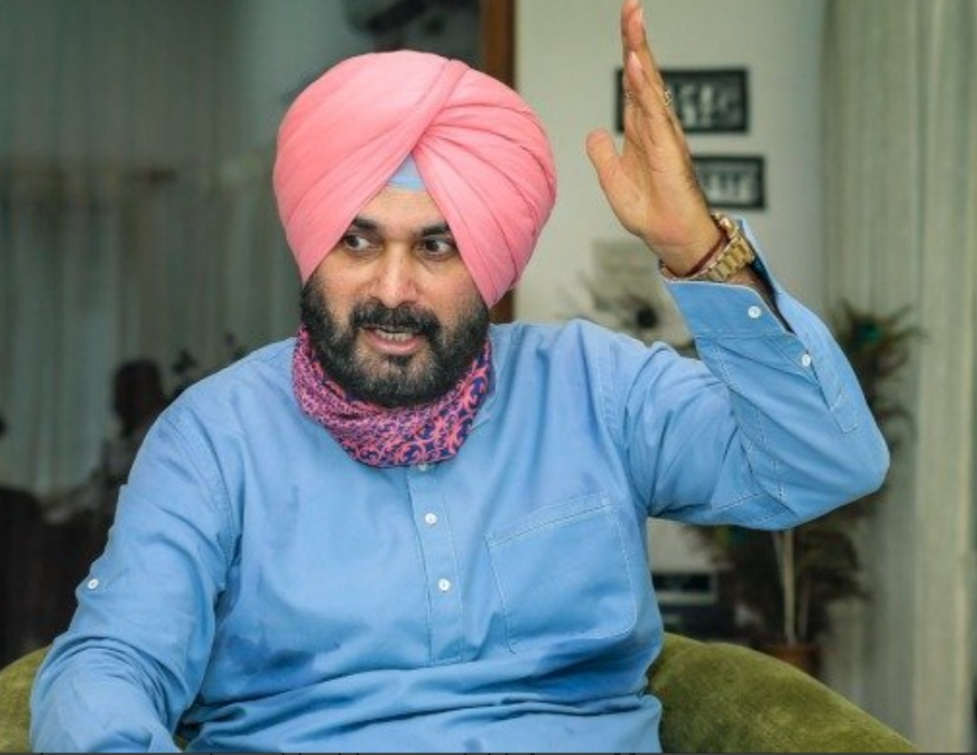 'He will sink Congress in 2022 polls', says Sidhu while using foul language for CM Channi