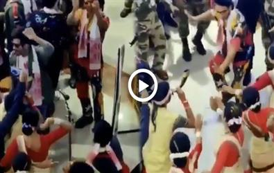 Filmfare Awards 2020: Ranveer Singh and Karthik Aryan surprise their fans with tribal dance at Guwahati airport