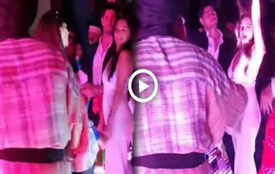 Kiara Advani all cosy dance with Siddharth Malhotra and Meezaan Jaffrey