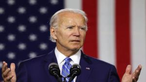 'Hang on and wait for vaccine', Biden urges Americans to avoid big Thanksgiving
